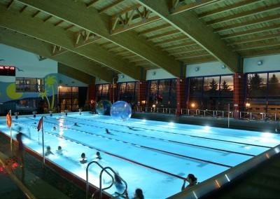 Mikołajki na basenie 2016-14-800